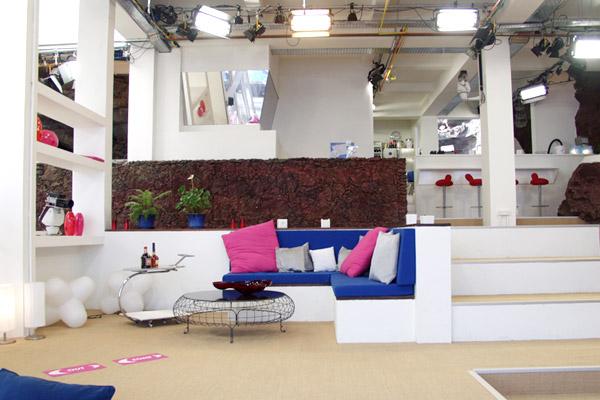 girlscamp reality tv – wohnzimmer ebene 2