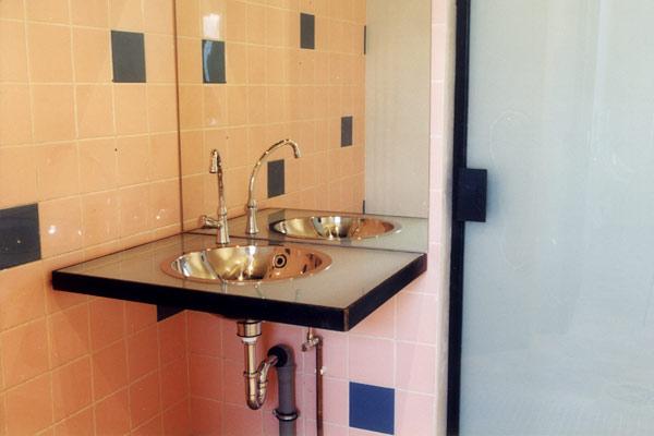 glashütte stralau – detail wc-anlagen waschbecken
