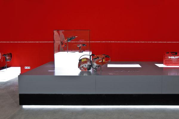 hilti designed for use – vitrine